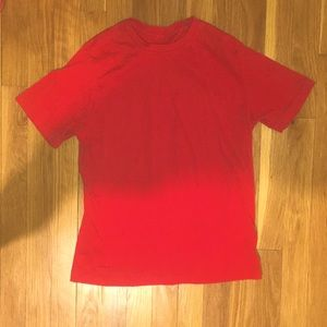red kids t shirt SIZE: 10/12 Boys
